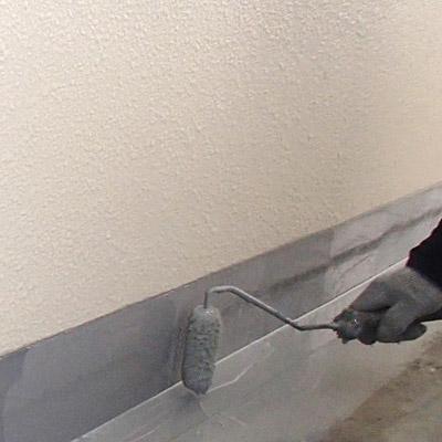 廊下防水施工中