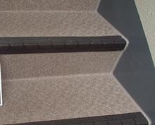 階段シート施工後